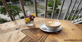 Cà phê trên phố